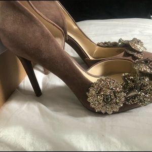 BRAND NEW JESSICA SIMPSON PUMPS